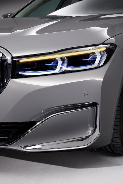 2020 BMW 750Li 14