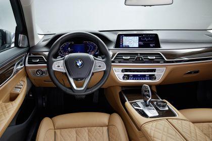 2020 BMW 750Li 26