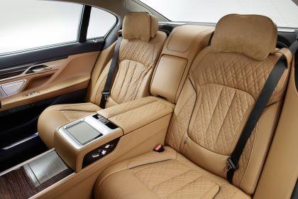 2020 BMW 750Li 27