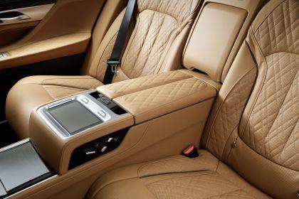 2020 BMW 750Li 28