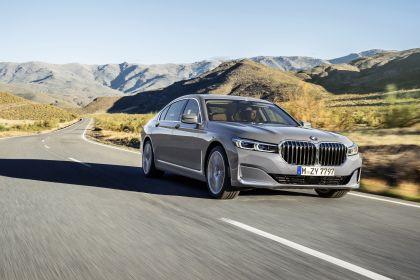 2020 BMW 750Li 32