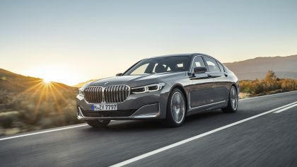 2020 BMW 750Li 33