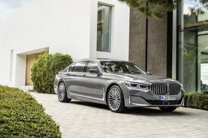 2020 BMW 750Li 38
