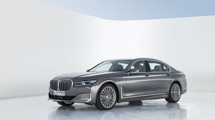 2020 BMW 750Li 40