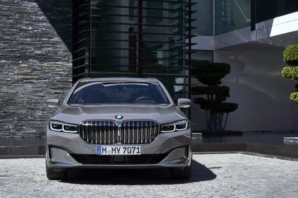 2020 BMW 750Li 87