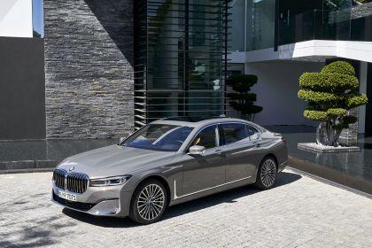 2020 BMW 750Li 90