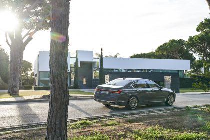 2020 BMW 750Li 100