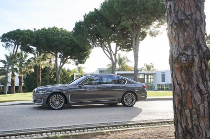 2020 BMW 750Li 101
