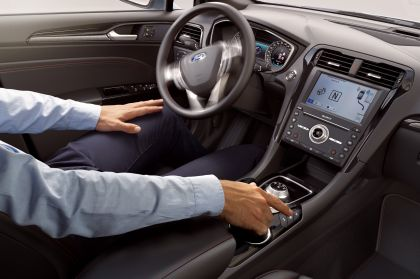 2019 Ford Mondeo Wagon Hybrid 11