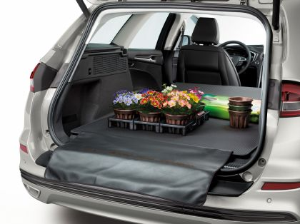 2019 Ford Mondeo Wagon Hybrid 13