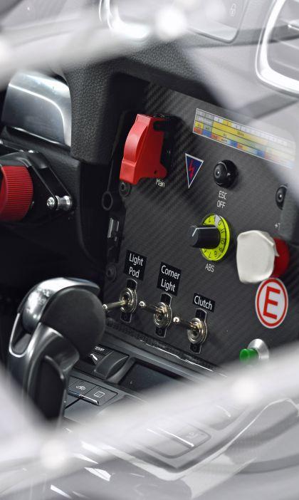 2019 Porsche Cayman GT4 rally 18