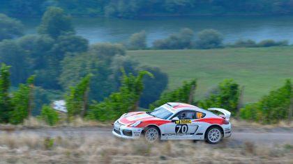 2019 Porsche Cayman GT4 rally 25