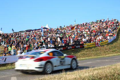 2019 Porsche Cayman GT4 rally 28