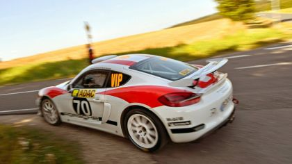 2019 Porsche Cayman GT4 rally 29
