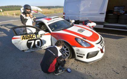 2019 Porsche Cayman GT4 rally 35