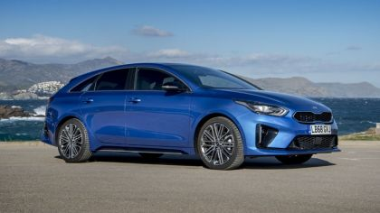 2019 Kia ProCeed 1.4 T-GDi GT-Line S - UK version 9