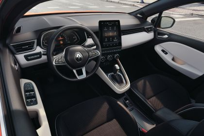 2019 Renault Clio 24