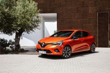2019 Renault Clio 32