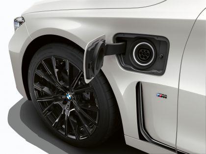 2019 BMW 745e 3