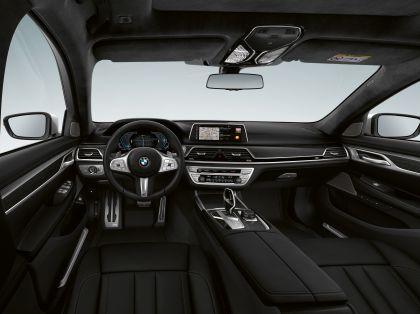 2019 BMW 745e 8