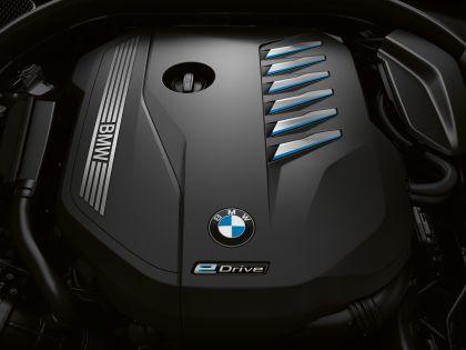 2019 BMW 745e 12