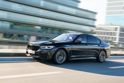 2019 BMW 745e 13