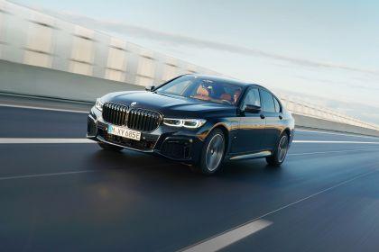2019 BMW 745e 26