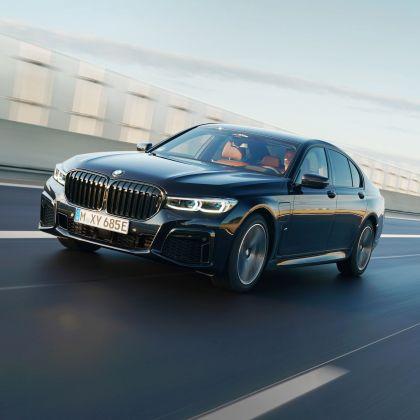 2019 BMW 745e 27