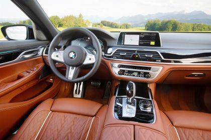 2019 BMW 745e 39