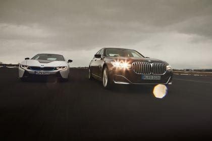 2019 BMW 745Le 6