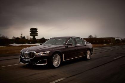 2019 BMW 745Le 8