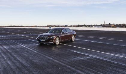 2019 BMW 745Le 13
