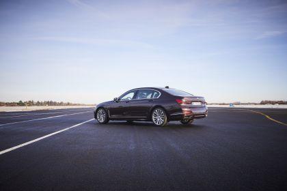 2019 BMW 745Le 15