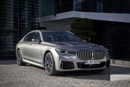 2019 BMW 745Le 49
