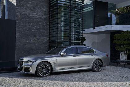 2019 BMW 745Le 52