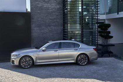 2019 BMW 745Le 54