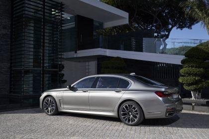 2019 BMW 745Le 56