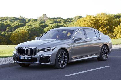 2019 BMW 745Le 66