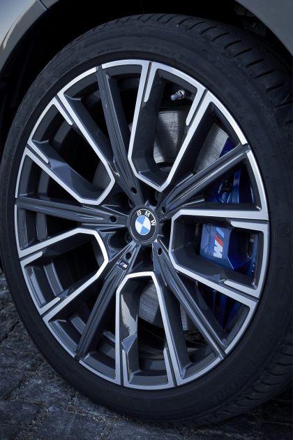 2019 BMW 745Le 86