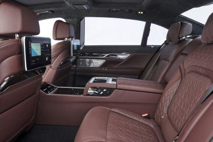 2019 BMW 745Le 95