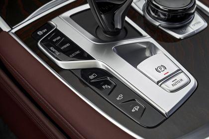 2019 BMW 745Le 97