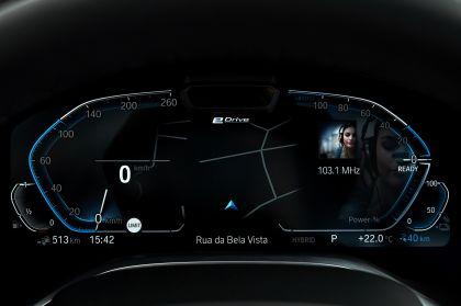 2019 BMW 745Le 103