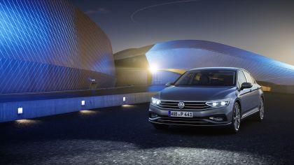 2020 Volkswagen Passat R-Line 11