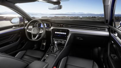 2020 Volkswagen Passat R-Line 13