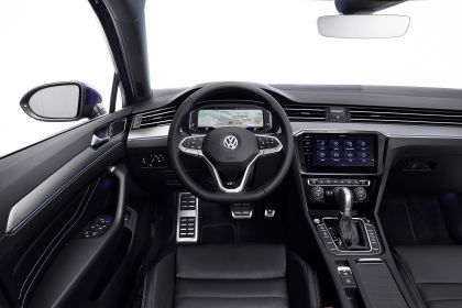2020 Volkswagen Passat R-Line 15