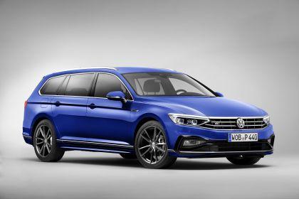 2020 Volkswagen Passat variant R-Line 1