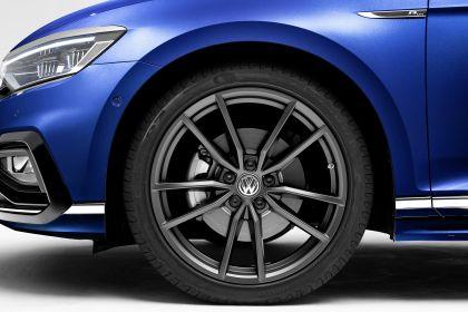 2020 Volkswagen Passat variant R-Line 6