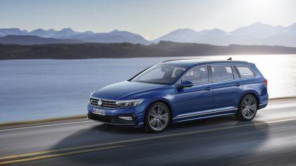 2020 Volkswagen Passat variant R-Line 9