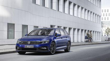 2020 Volkswagen Passat variant R-Line 14