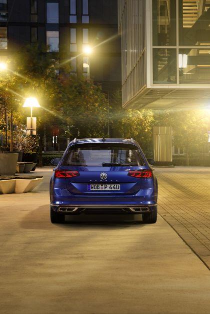 2020 Volkswagen Passat variant R-Line 16